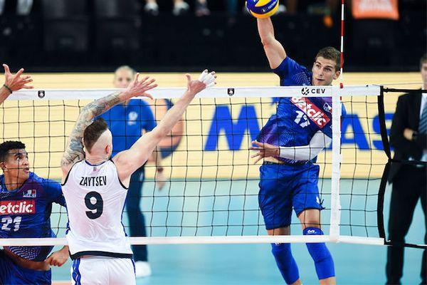 joueur de volley avec le produit 6446